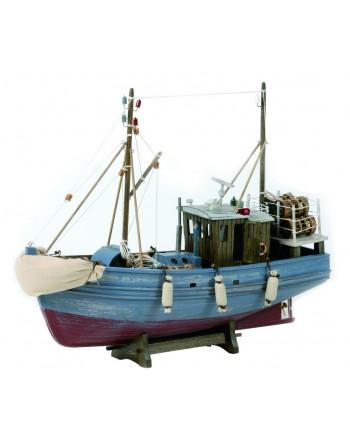 Bateau de pêche bois, aspect vieilli